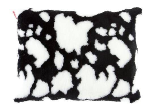 Faux fur pillow COW black 40x50 cm