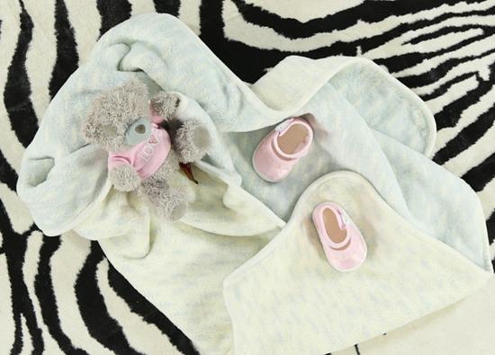 Kocyk niemowlęcy NIEBIESKI W CIAPKI