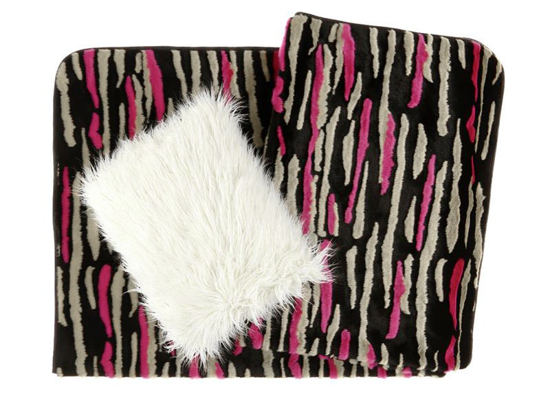 Decorative faux fur bedspread NIGHT WAVES