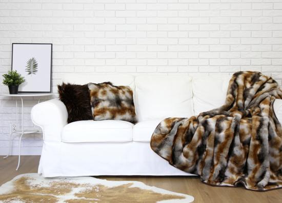 Futrzana poduszka dekoracyjna GOLD ELEGANCE beżowy, brązowy 40x50 cm